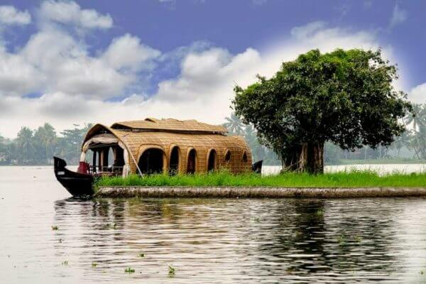 Alleppey Houseboat Kerala Tour Attraction