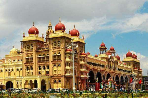 Mysore Ooty Tour Package From Bangalore, Mysore Palace
