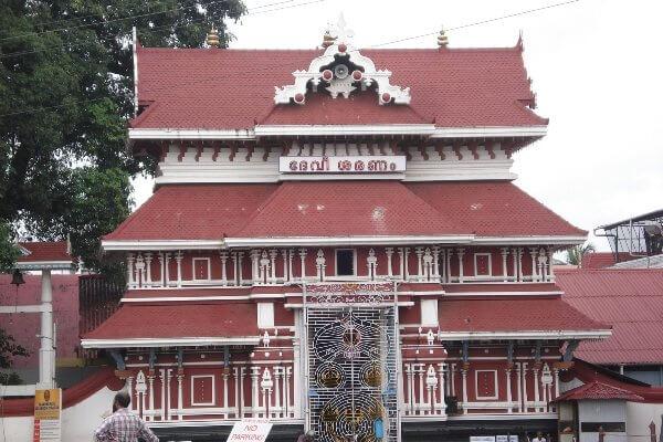 Kerala Guruvayoor Krishna Temple